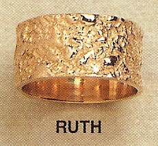 Ruth Modernist Gold Ring